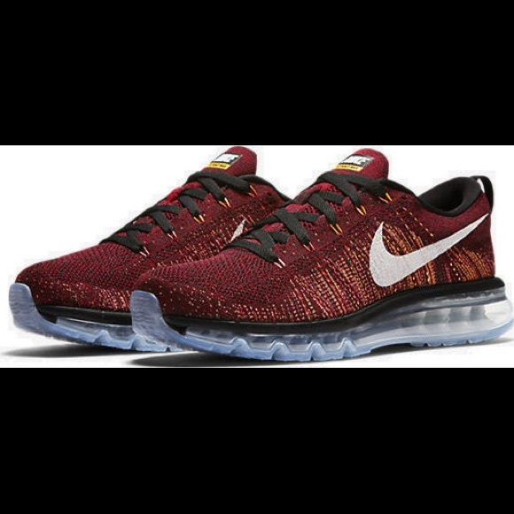 Nike Flyknit Air Max sz 10 Red Men's 620469 011 NWT